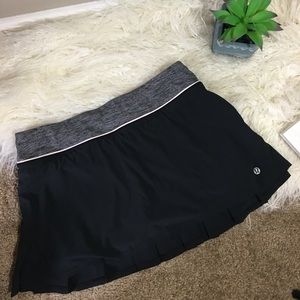 LULULEMON Women's Black Tennis Skirt Size 6